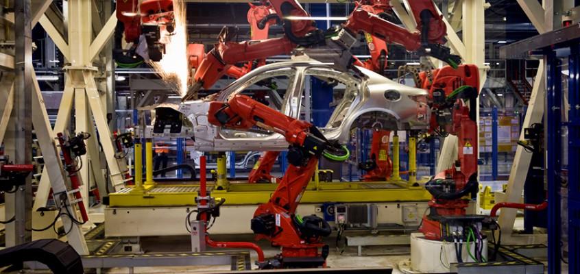 FCA, i robot di Cassino