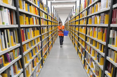 Amazon: tasse, miliardi e braccialetti