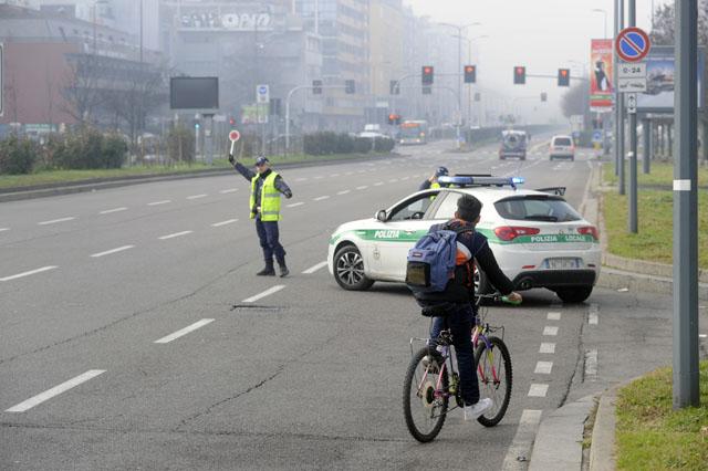 Emergenza inquinamento, Milano si ferma