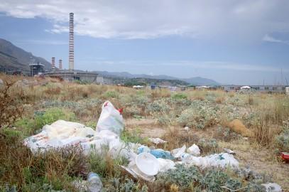 plastica sulle spiagge in Sicilia