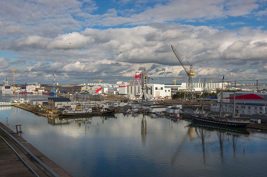 Saint Nazaire, 25/10/2014: cantieri navali - shipyards